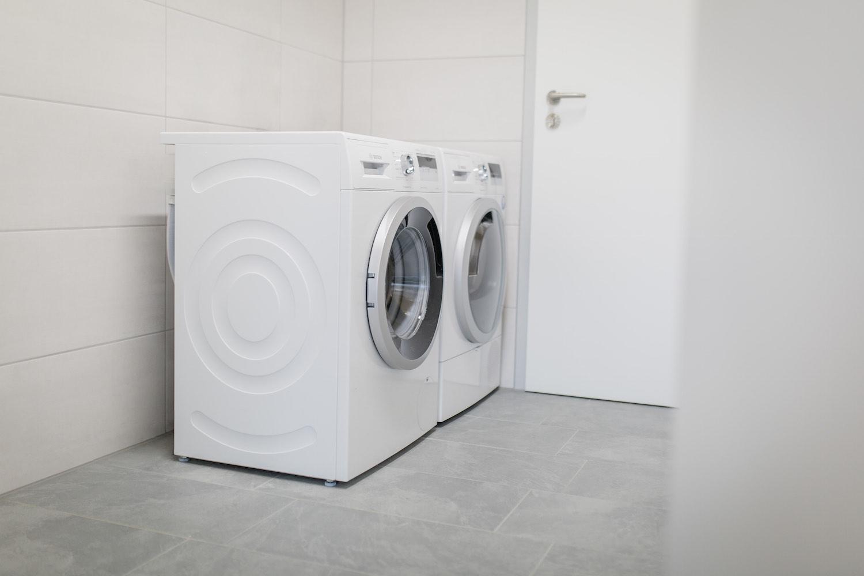 Sanitäre Anlagen, Waschmaschine, Camping an der Ablach, Messkirch,